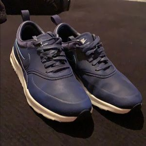 Nike Air max Thea. Navy blue. Size 6.5